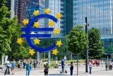 ECB announces new measures to increase share of female staff members